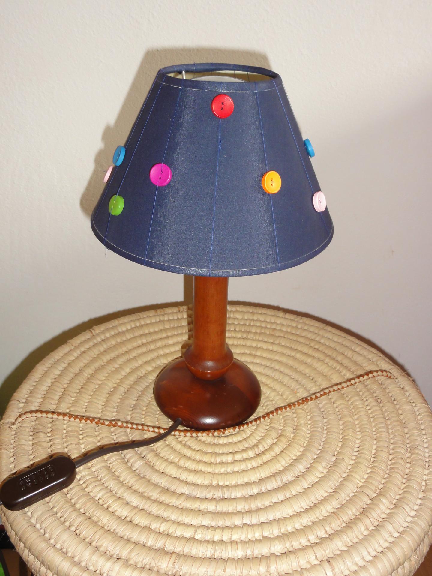 Comment Customiser Une Lampe De Chevet customiser une lampe de chevet